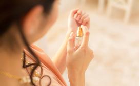フェロモン香水の効果的な使い方
